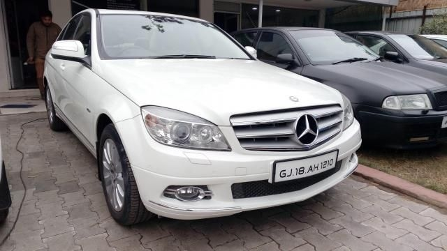 Mercedes-Benz C-Class 200 K ELEGANCE AT 2009