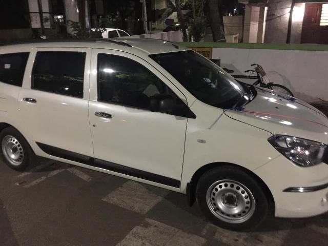 Renault Lodgy 85 PS RxE 8 STR 2016