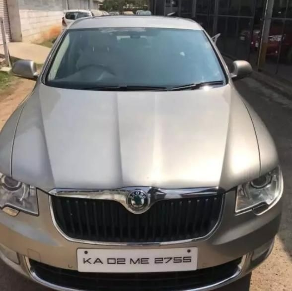 Skoda Superb ELEGANCE 1.8 TSI AT 2010