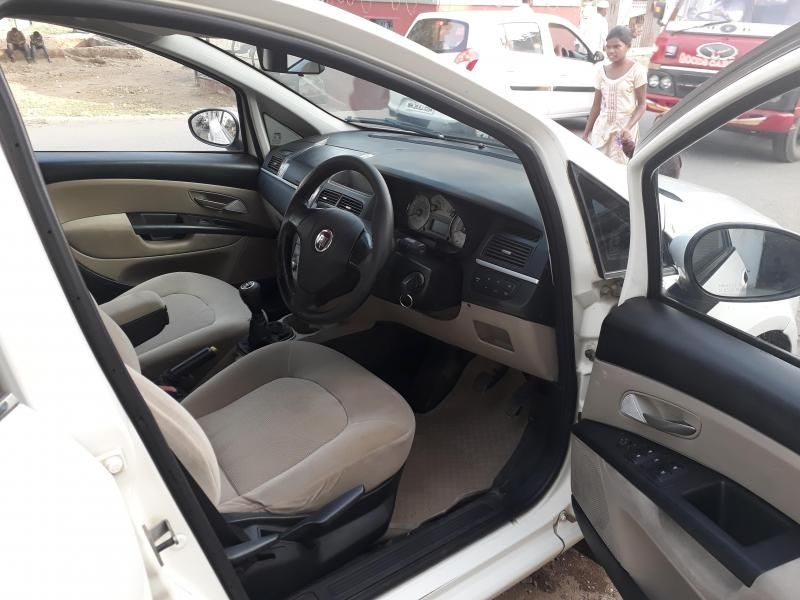 Fiat Linea Emotion PK 1.3 MJD 2010