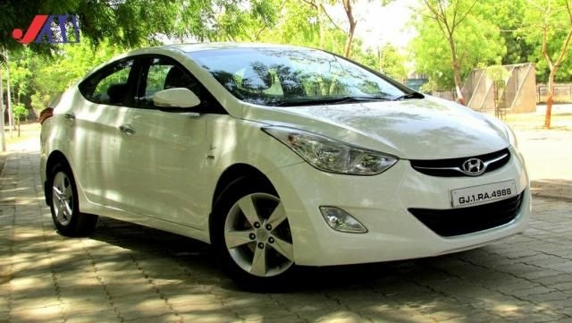 Hyundai Elantra 1.8 SX AT 2012