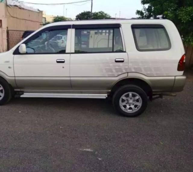 8 Used Chevrolet Tavera In Surat Second Hand Tavera Cars For Sale