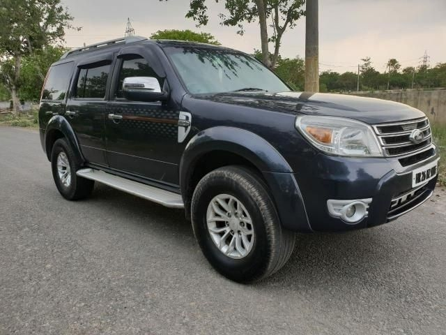 Ford Endeavour 3.0L 4X4 AT 2013