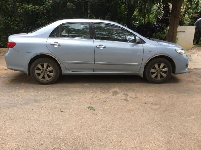 Toyota Corolla Altis 1.8 G AT 2009