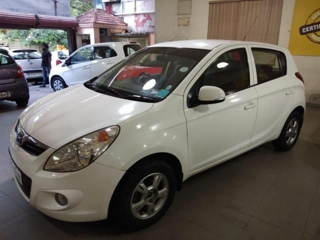 Hyundai i20 Asta 1.4 AT With AVN 2010