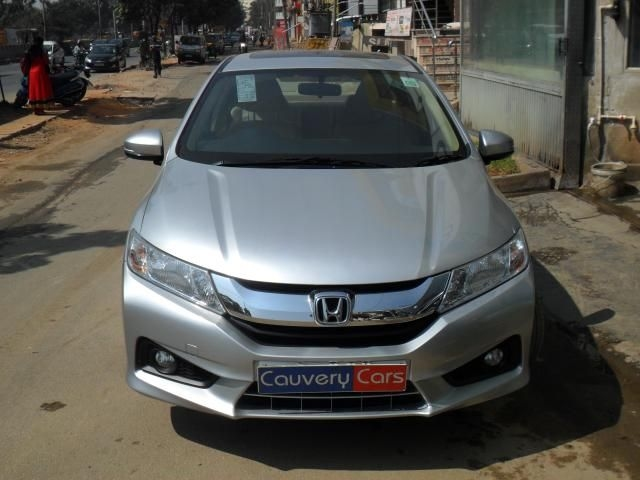 Honda City 1.5 V AT SUN ROOF 2015