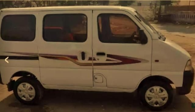 Maruti Suzuki Eeco 5 STR With A/C+HTR 2012
