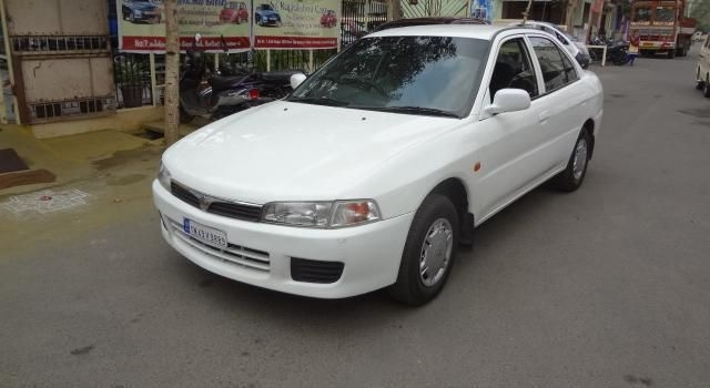 Mitsubishi Lancer 1.5 L Petrol LX Price, Specs, Review ...