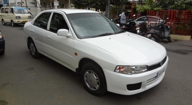 Mitsubishi Lancer SLXI 1.5 Price (incl. GST) in India ...