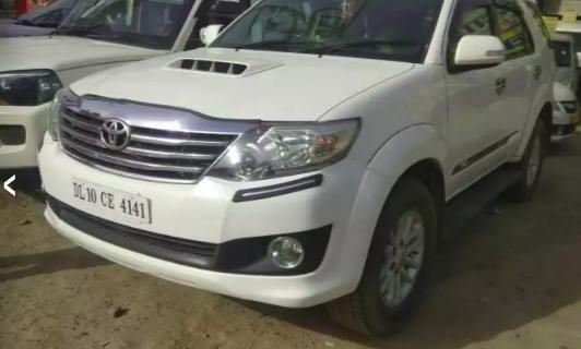 Toyota Fortuner 2.8 4x4 AT 2013