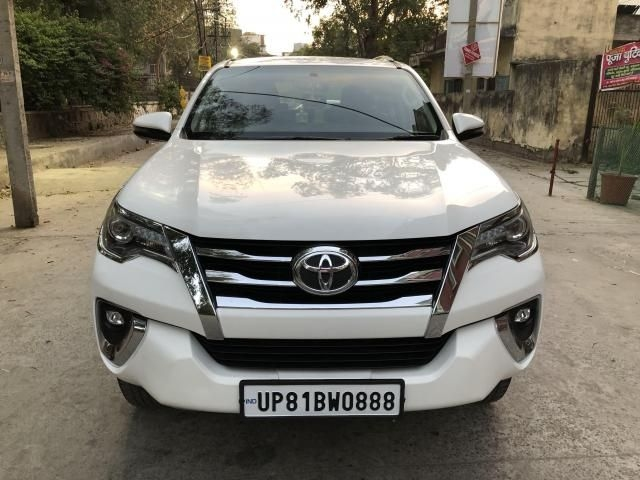 Used Toyota Fortuner Car Price in India, Second Hand Car