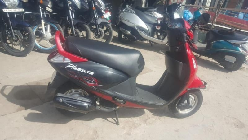 Hero Pleasure Scooter for Sale in Bangalore- (Id: 1417883457) - Droom