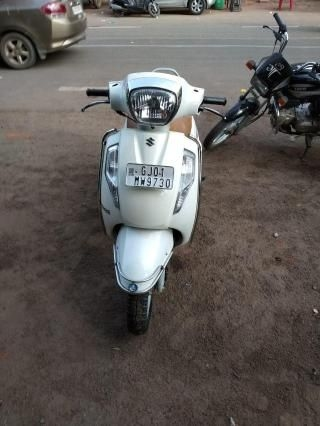 Used Scooters in Ahmedabad, 378 Second hand Scooters for Sale in