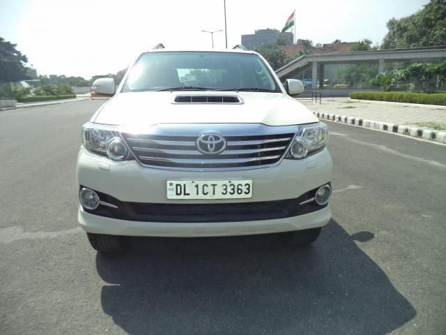 Toyota Fortuner 3.0 4x4 AT 2015