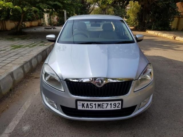 Skoda Rapid 1.6 MPI AT AMBITION PLUS 2013