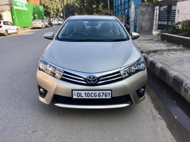 Toyota Corolla Altis 1.8 G AT2015