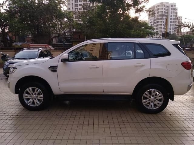 Ford Endeavour Trend 3.2 4x4 AT 2016
