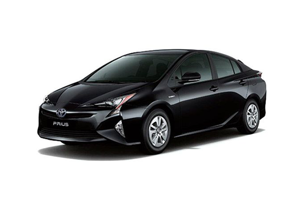 Toyota Prius Price In India Mileage Reviews Amp Images