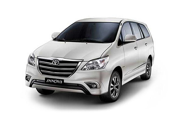 Toyota Innova Price In India Mileage Reviews Amp Images